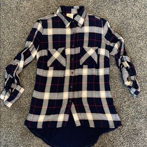 Blue pink and white elevated flannel size xs